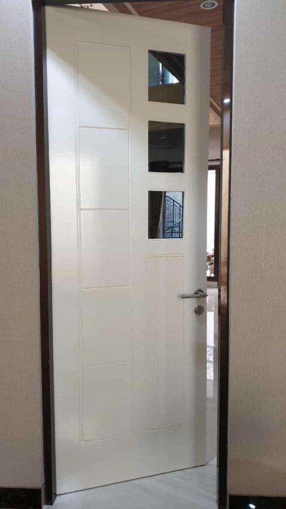Pintu Warna Putih 3 Kotak Pintu WPC